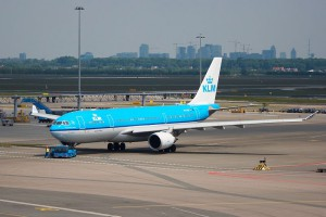 Airbus_A330-203_-_KLM
