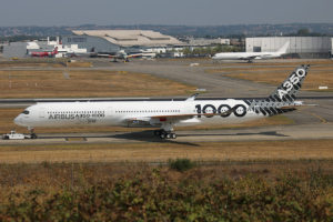 Airbus Industrie A350 1000
