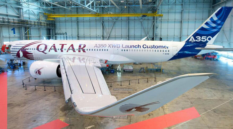 Latest_Airbus_A350_test_aircraft_honouring_launch_customer_Qatar-airbus-a350-920b