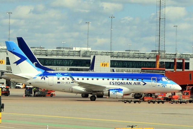 Estonian Embraer E170_ARN