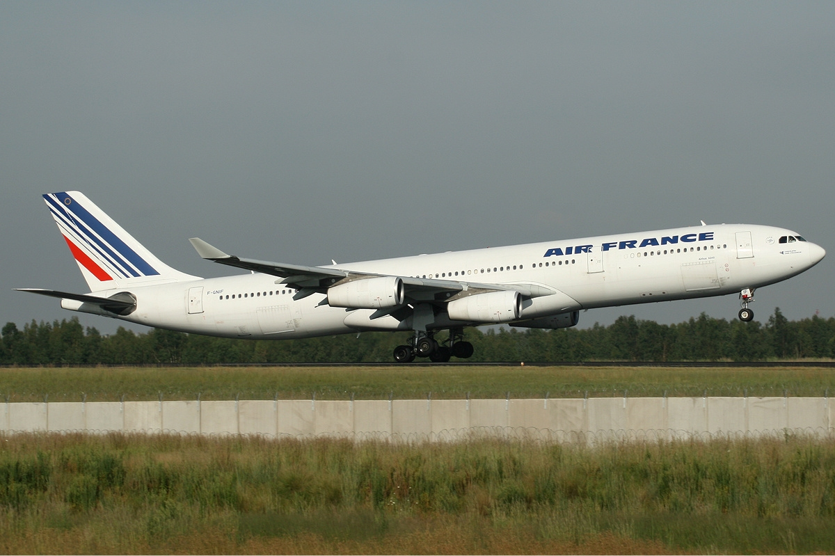 airbus a340 orders and deliveries modern airliners. Black Bedroom Furniture Sets. Home Design Ideas