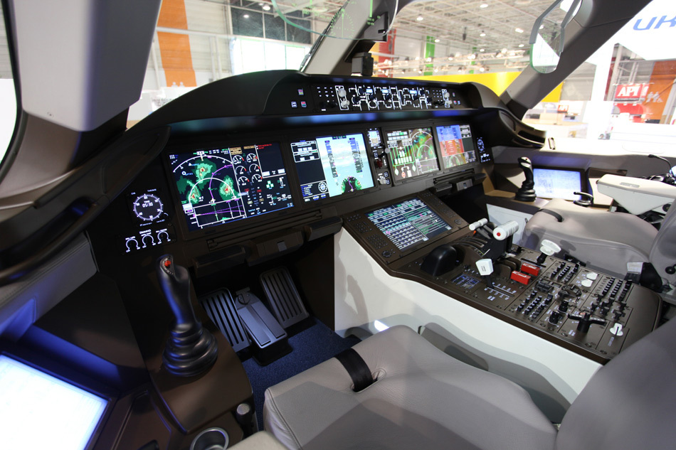 COMAC C919 flight deck