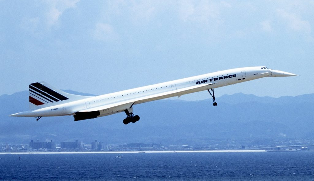 Air France Concorde on approach to land. Note the long landing gear to enable high angles of attack on landing and take off.