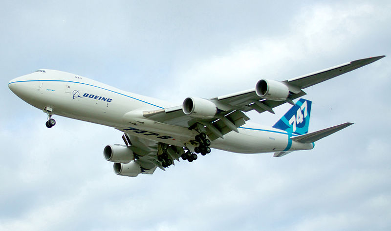 800px-Boeing_747-8F_N5017Q_in-flight