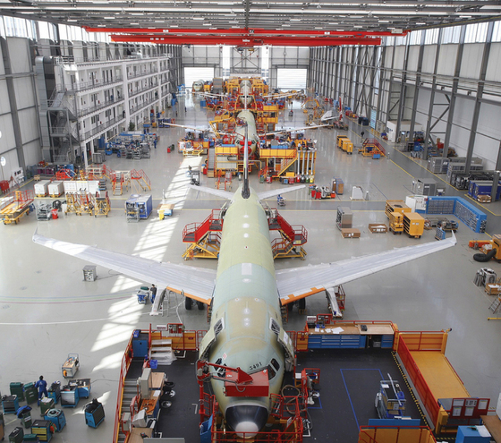 A320_production_line_Hamburg_Germany_2010