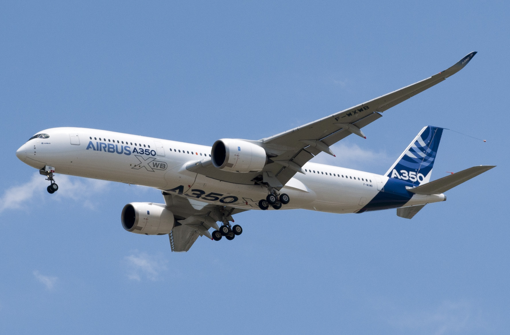 A350 first flight. Low pass