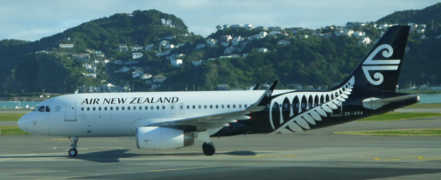 Air New Zealand Airbus A320 232 at Wellington Airport