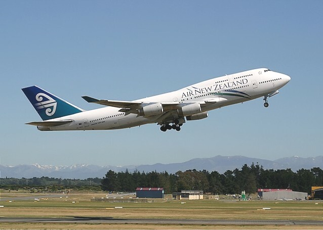 Air_New_Zealand_Boeing_747_400
