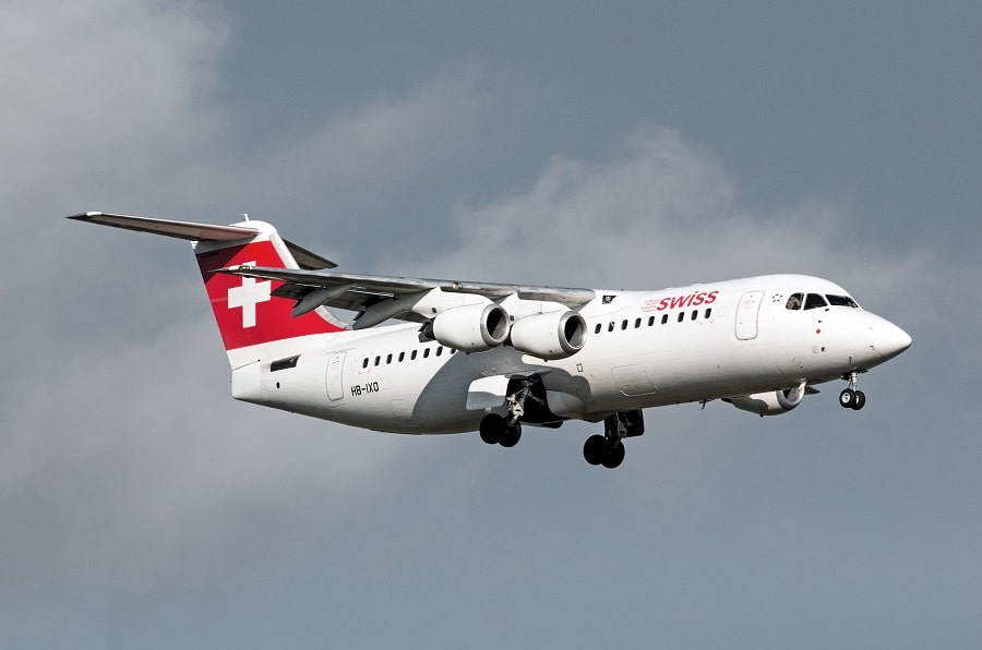Swiss Global Air Lines BAe 146 - Avro RJ HB-IXO at LSZH